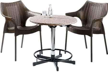 Stehtische mit 2 Stühle kombinierbar